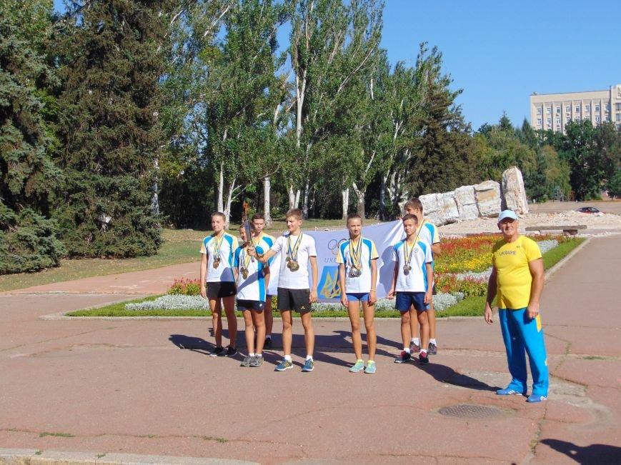 В Николаеве зажгли Олимпийский факел (ФОТО, ВИДЕО), фото-1