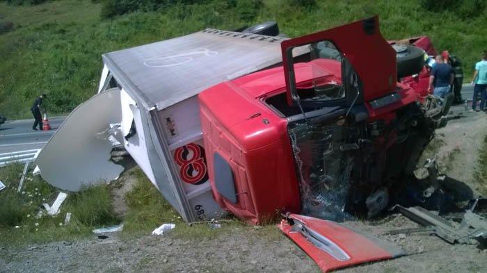 Моторошна аварія на Закарпатті - опубліковано фото, фото-1
