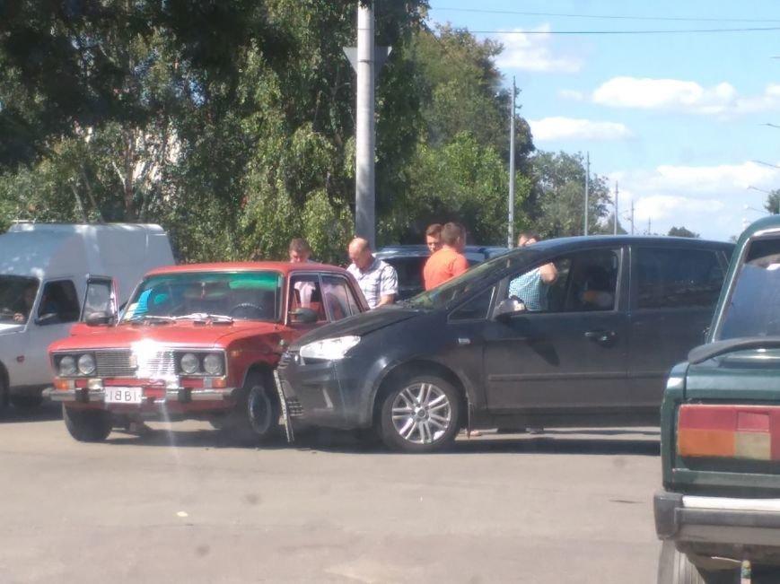 В Кропивницком произошло мелкое ДТП (ФОТО), фото-1