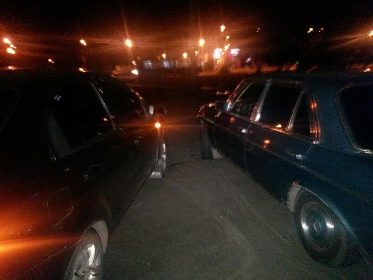В Мариуполе  на темном перекрестке не разъехались две легковушки(ФОТО), фото-1