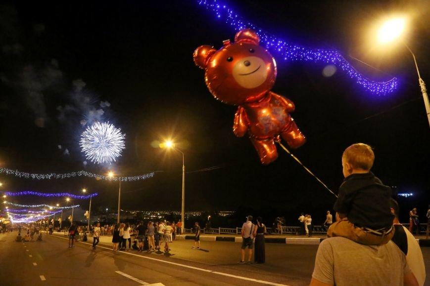 В завершении Дня города белгородцы наблюдали праздничный фейерверк, фото-3