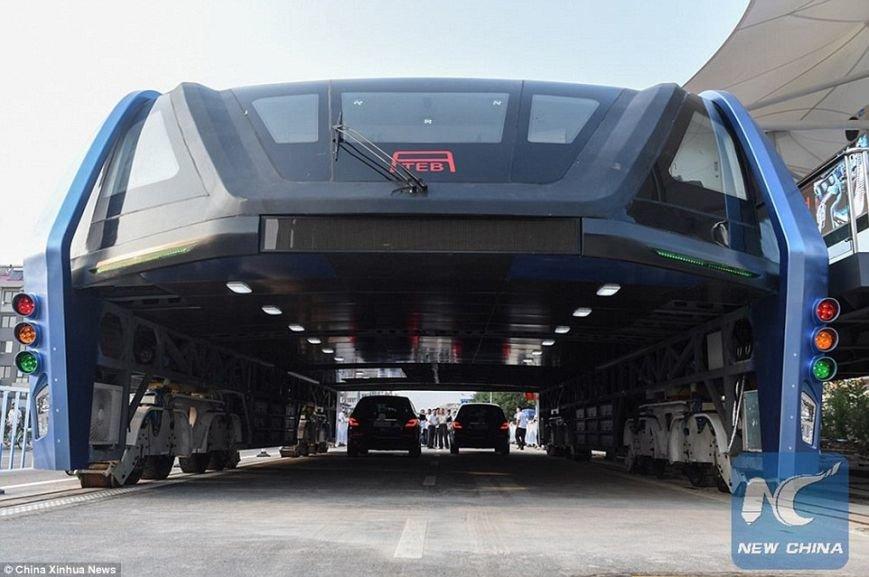 В  Китае появился чудо-автобус (ФОТО), фото-2