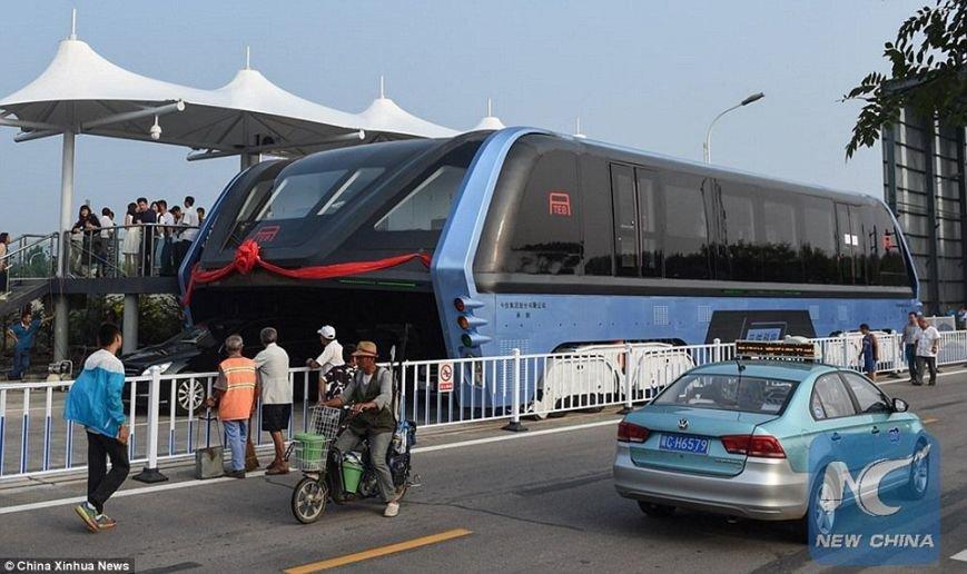 В  Китае появился чудо-автобус (ФОТО), фото-1