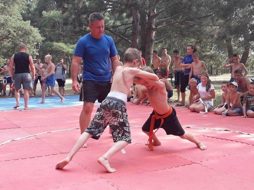 Мелитопольские каратисты показали свое мастерство в летней школе, фото-4