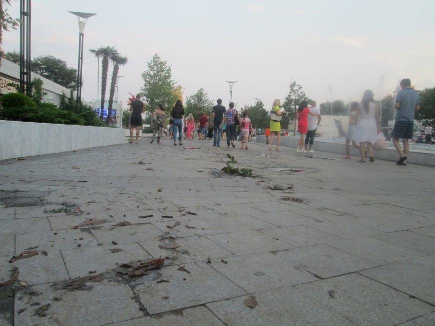 Одесская Аркадия оправляется после вчерашней катастрофы (ФОТО), фото-1