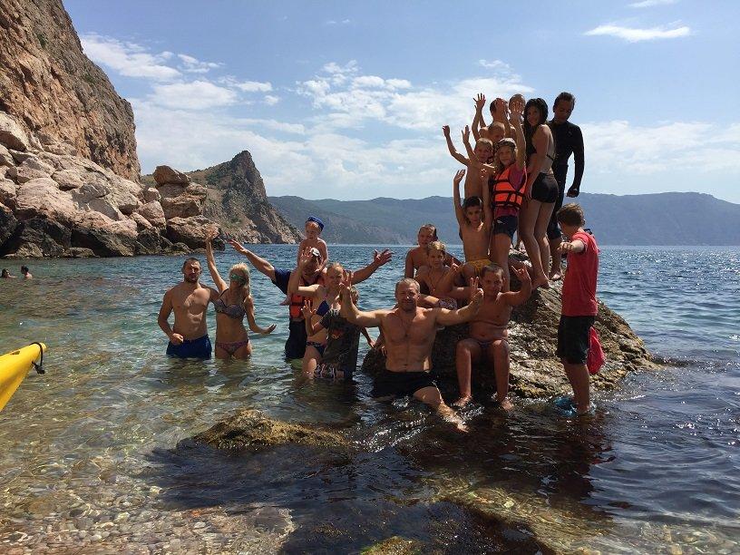 Юные ялтинские спортсмны совершили увлекательный поход на каяках, фото-2
