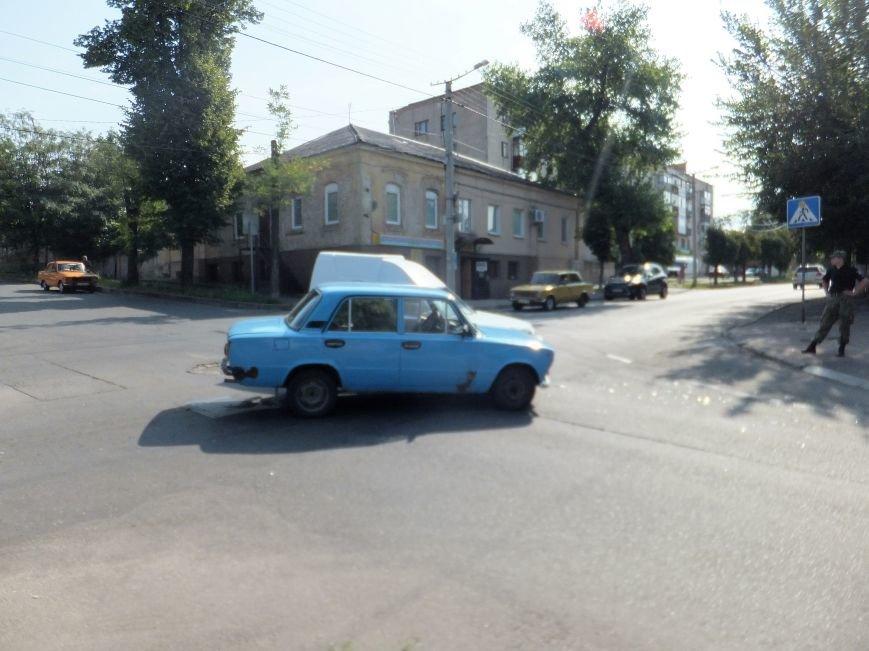 В Кропивницком на перекрестке случилось ДТП (ФОТО), фото-1