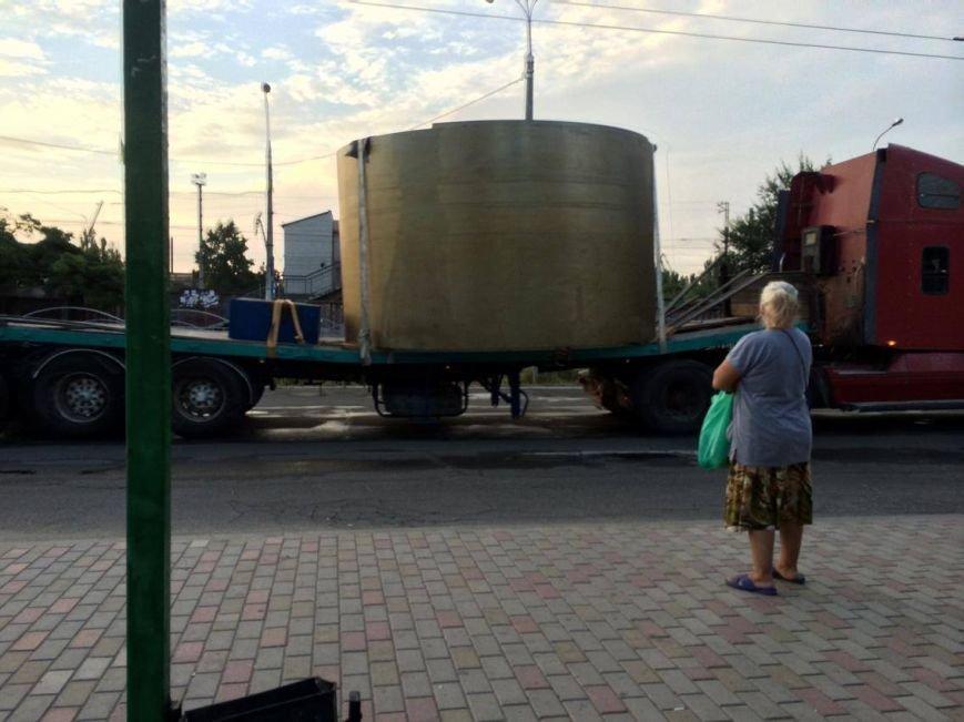 Бизнес есть бизнес! В Мариупольском порту грузят элементы для строительства атомной электростанции в России (ФОТО), фото-1