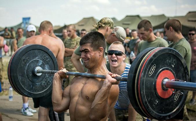 Українські військові змагалися в CrossFit з грузинами та американцями, фото-2