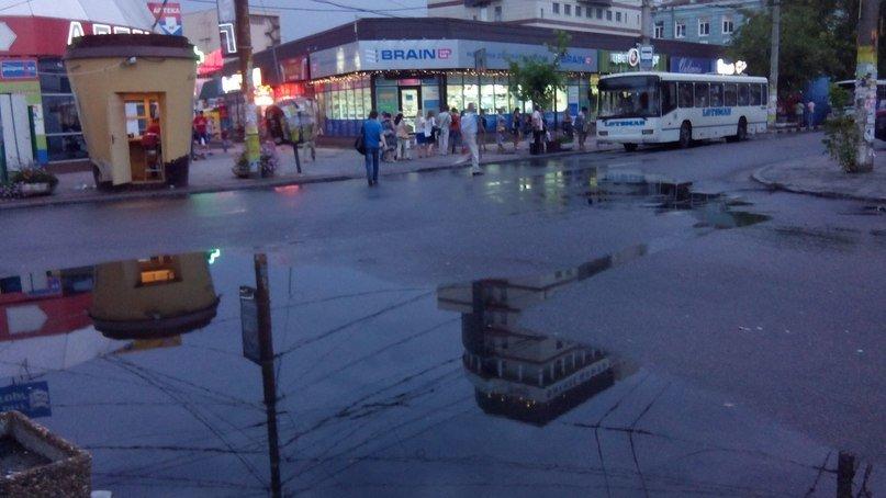"""Непогода в Днепре: Рабочую затопило, а на """"Победе"""" уже почти высохли лужи (ФОТО), фото-4"""