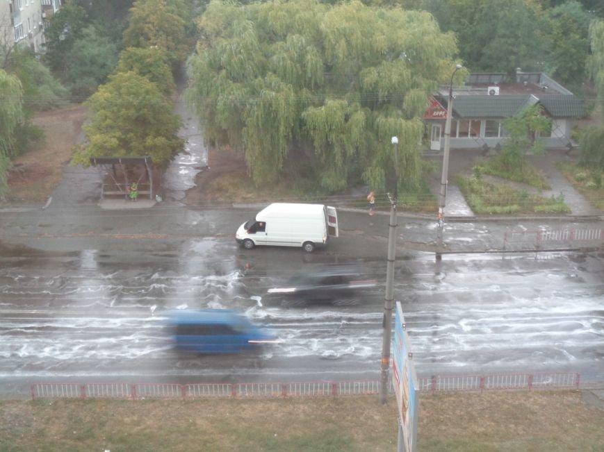 """Непогода в Днепре: Рабочую затопило, а на """"Победе"""" уже почти высохли лужи (ФОТО), фото-2"""