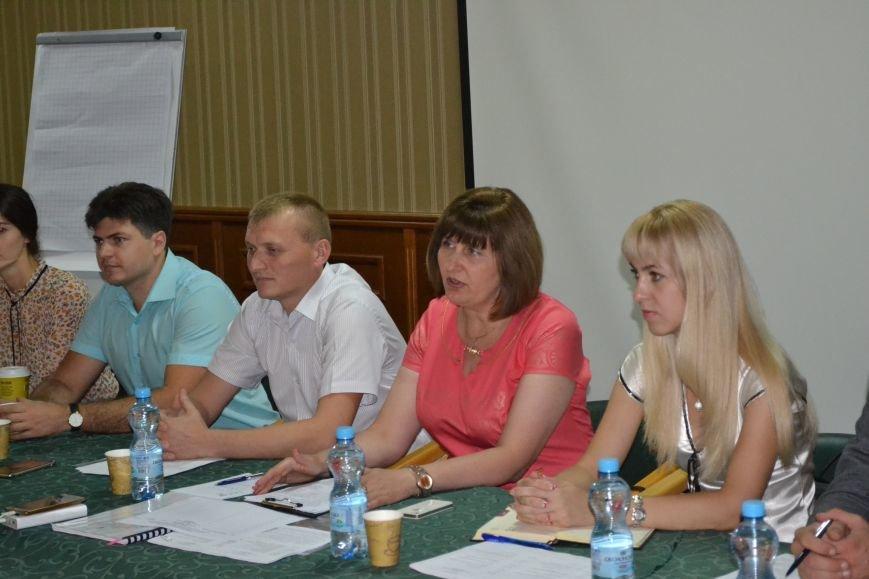 Группа шумных демагогов пыталась сорвать обсуждение предложений к новой редакции Устава громады Кривого Рога (ФОТО), фото-3