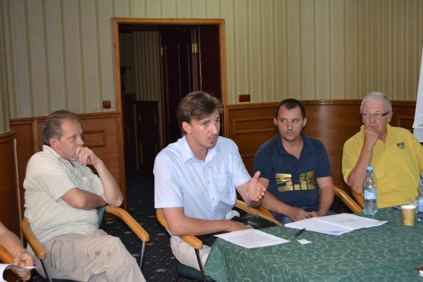 Группа шумных демагогов пыталась сорвать обсуждение предложений к новой редакции Устава громады Кривого Рога (ФОТО), фото-8