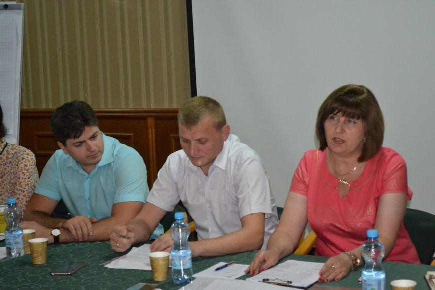 Группа шумных демагогов пыталась сорвать обсуждение предложений к новой редакции Устава громады Кривого Рога (ФОТО), фото-10