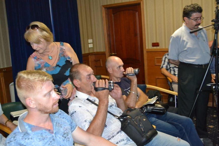 Группа шумных демагогов пыталась сорвать обсуждение предложений к новой редакции Устава громады Кривого Рога (ФОТО), фото-7