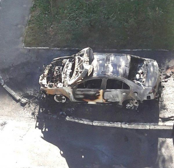 Біла Церква: як за 20 хвилин згоряє авто (відео), фото-1