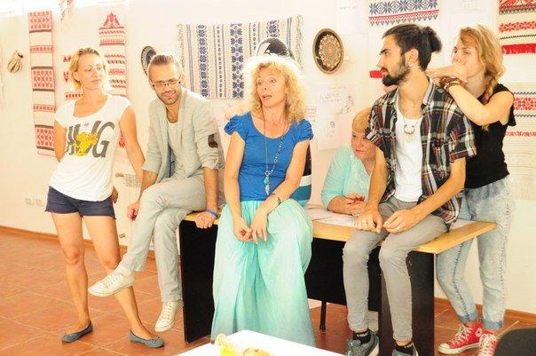 Творці вистави в Ужгороді (джерело — prostir.ua)