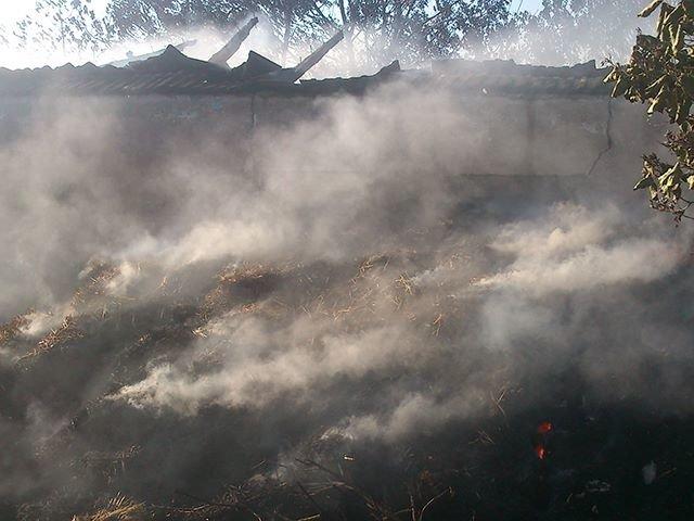 Неосторожное обращение с огнем привело к пожару на Николаевщине (ФОТО), фото-3