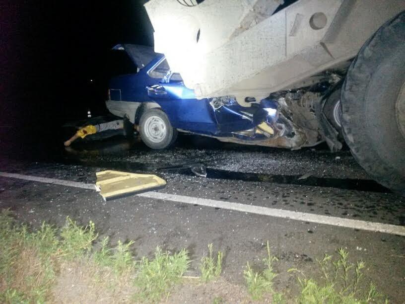 Под Мариуполем автомобиль врезался в тягач с военной техникой. Погибла женщина и ребенок (ФОТО, 18+, ДОПОЛНЕНО, ВИДЕО), фото-4