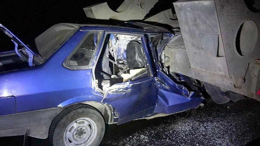 Под Мариуполем автомобиль врезался в тягач с военной техникой. Погибла женщина и ребенок (ФОТО, 18+, ДОПОЛНЕНО, ВИДЕО), фото-10