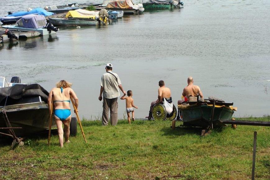 Каменские спортсмены-инвалиды устроили заплыв на Днепре, фото-3