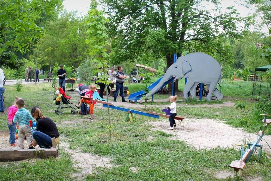 Употребление алкоголя в парках Славянска обойдется в 1800 гривен штрафа или 60 часов общественных работ, фото-2