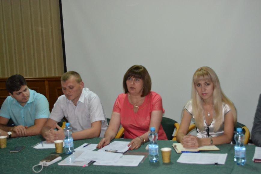 Криворожане создали интернет-площадку для обсуждения изменений к Уставу города (ФОТО), фото-2