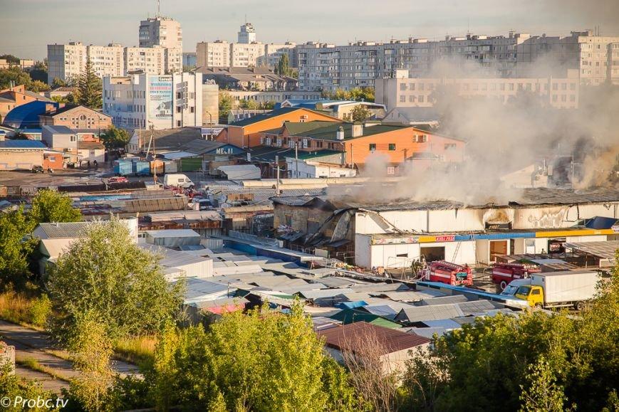 Фото: у Білій Церкві горить центральний ринок, фото-1