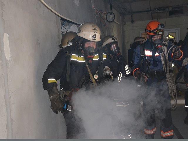 В Николаеве спасатели ликвидировали «пожар» в детской больнице (ФОТО), фото-7