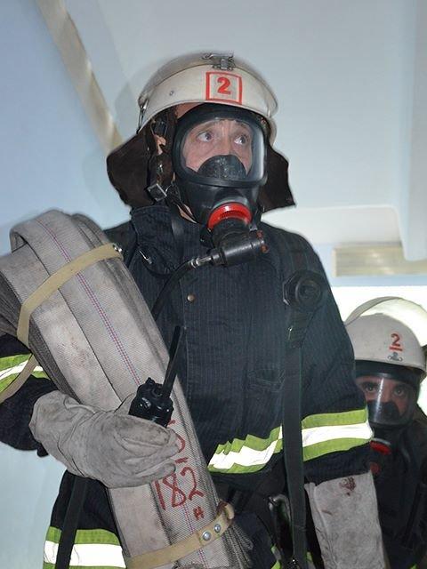 В Николаеве спасатели ликвидировали «пожар» в детской больнице (ФОТО), фото-4