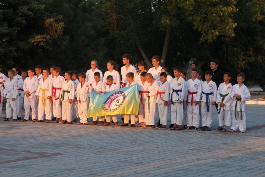 Каратисты из бердянского клуба «Дзаншин» совмещают тренировки с отдыхом, фото-4