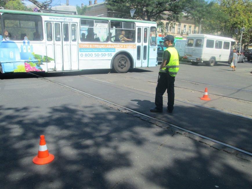Неожиданно: Обещанная реконструкция Тираспольской площади обернулась полным коллапсом (ФОТО), фото-9