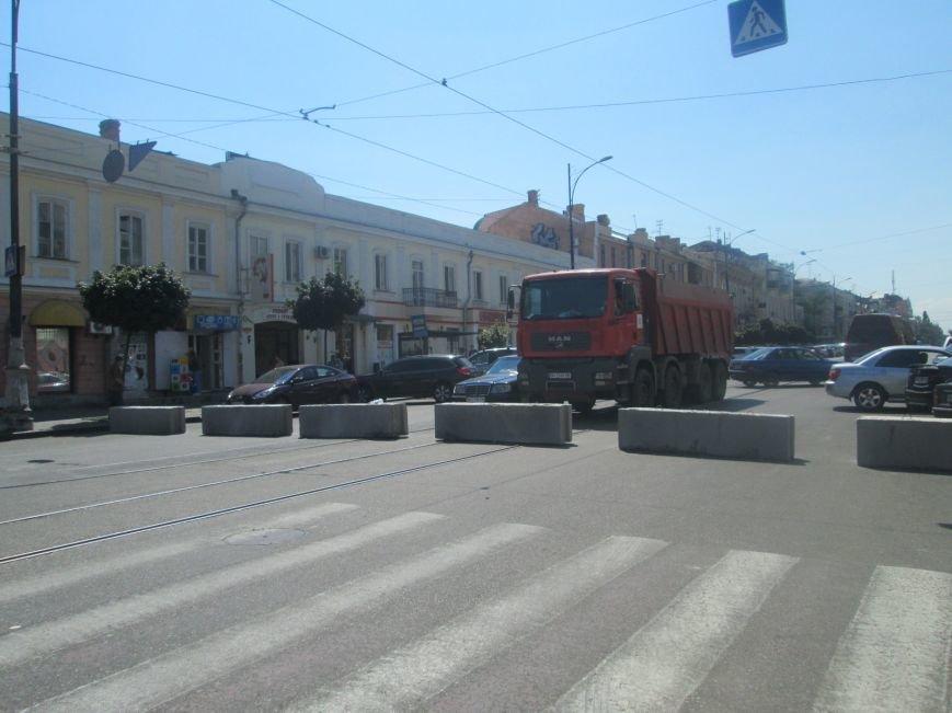 Неожиданно: Обещанная реконструкция Тираспольской площади обернулась полным коллапсом (ФОТО), фото-6