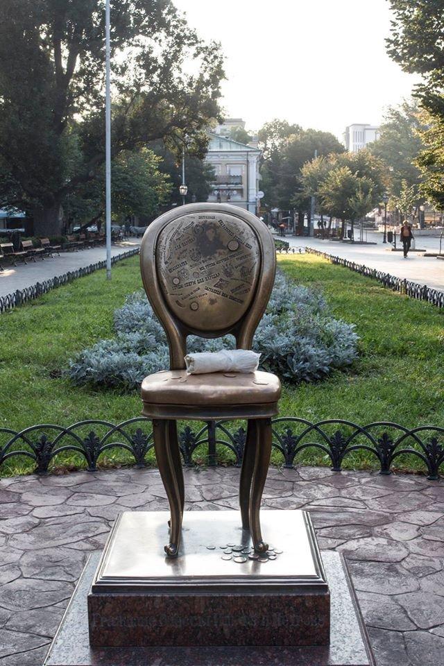 Поддержать шаурму «вызвались» одесские памятники (ФОТО), фото-6