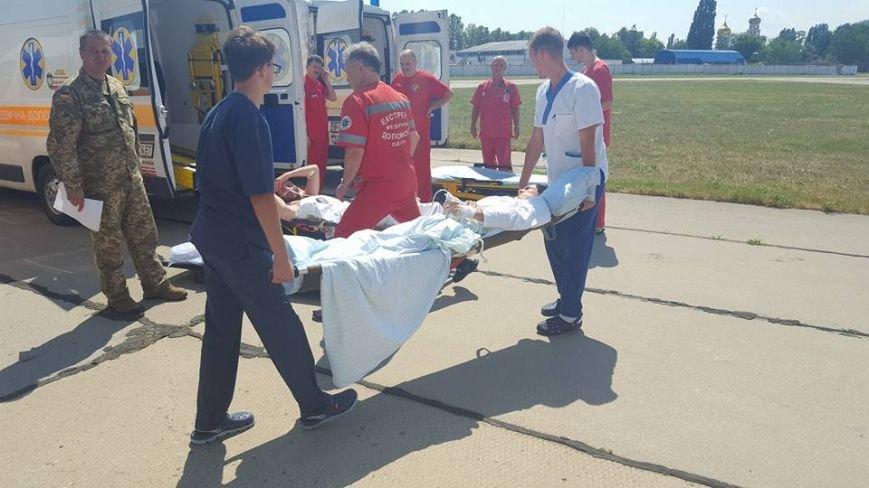 В Одессу доставили борт с ранеными атошниками (ФОТО), фото-3