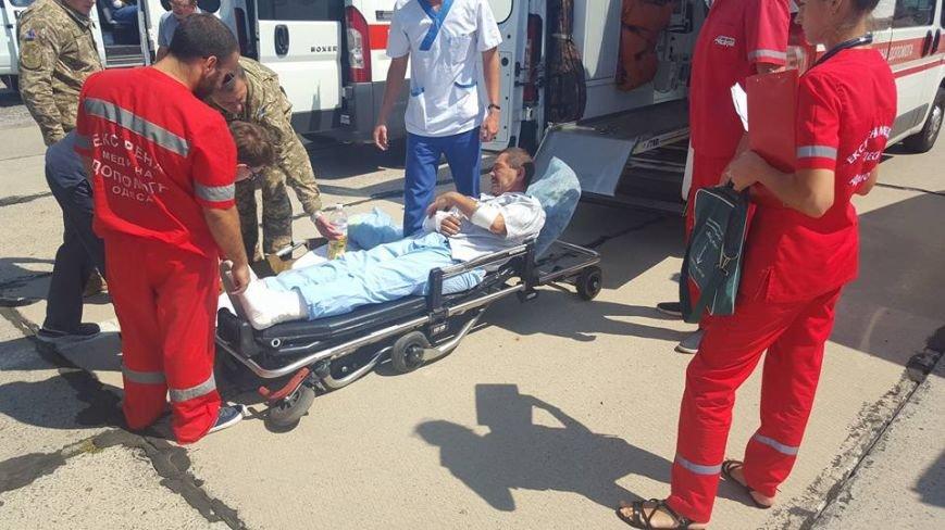 В Одессу доставили борт с ранеными атошниками (ФОТО), фото-2