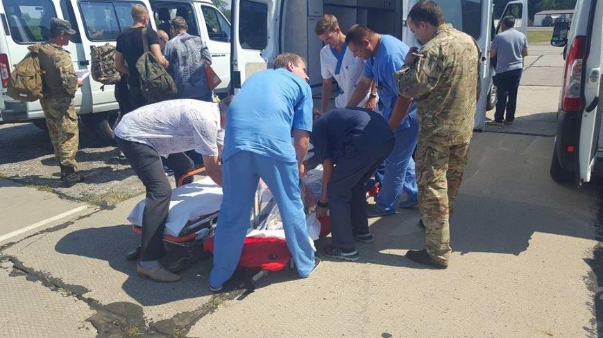 В Одессу доставили борт с ранеными атошниками (ФОТО), фото-4