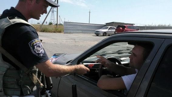 Под Мариуполем полицейские убеждали водителей не нарушать ПДД, фото-3
