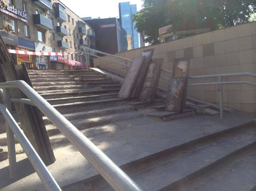 В Мариуполе арендатор решил отремонтировать подземный переход (ФОТО, ВИДЕО), фото-5