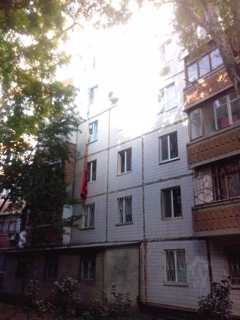 Муж вернулся: В Одессе любовник эвакуировался из окна 6 этажа (ФОТО), фото-1