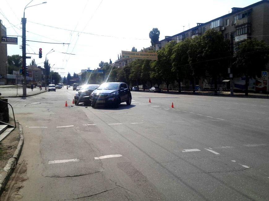 """Водитель  на """"Skoda"""" врезался в криворожанку на """"Kia"""", совершавшую поворот (ФОТО), фото-4"""
