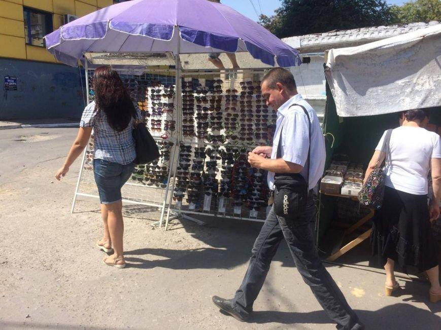 Разгонять стихийных торговцев в Мариуполе попросят казаков (ФОТО, ВИДЕО), фото-5