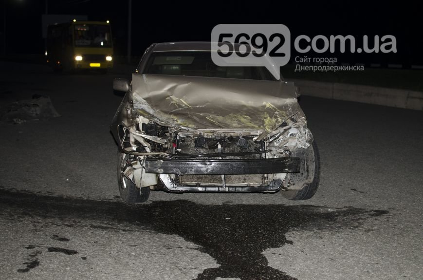 ДТП на мосту через Днепр в Каменском: сын экс-депутата горсовета врезался в маршрутку, фото-3