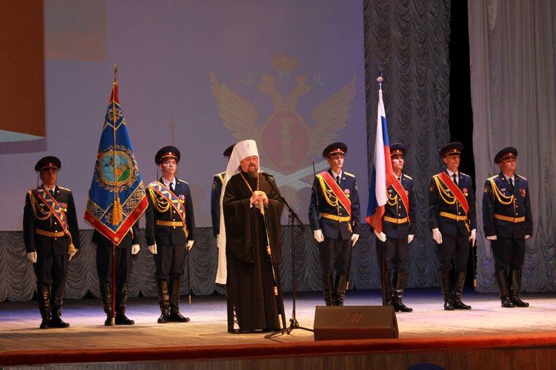 Белгородскому УФСИН вручили символ воинской чести – собственное знамя, фото-1