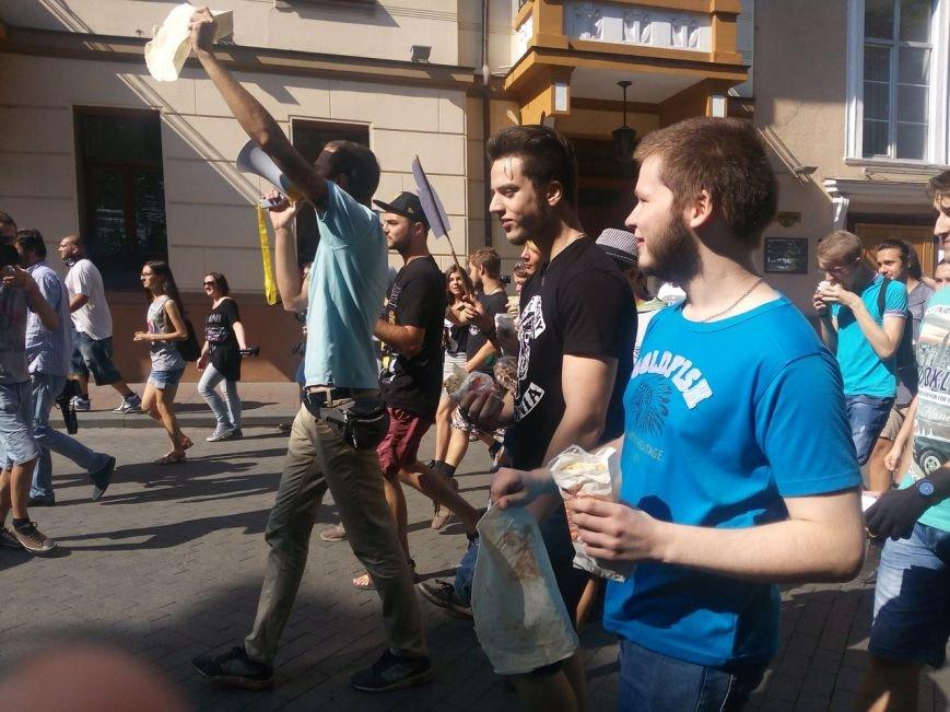 В Одессе активисты едва не закидали мэрию шаурмой (ФОТО, ВИДЕО), фото-12