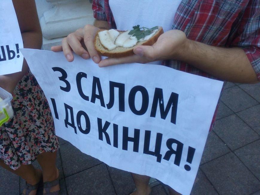 В Одессе активисты едва не закидали мэрию шаурмой (ФОТО, ВИДЕО), фото-14