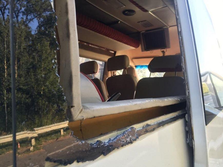 Микроавтобус с известной группой ТНМК  по дороге в Кропивницкий попал в ДТП (ФОТО), фото-5