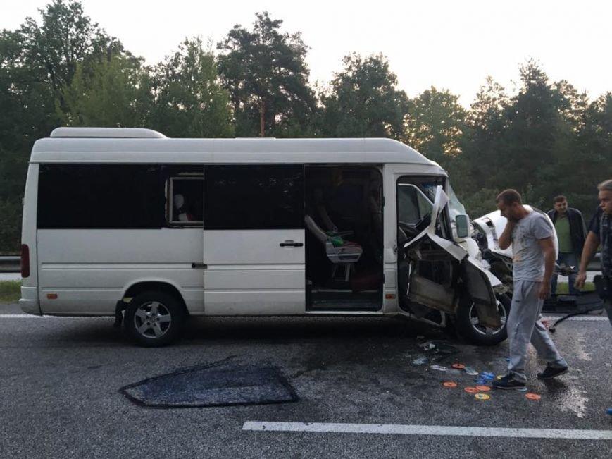 Микроавтобус с известной группой ТНМК  по дороге в Кропивницкий попал в ДТП (ФОТО), фото-6