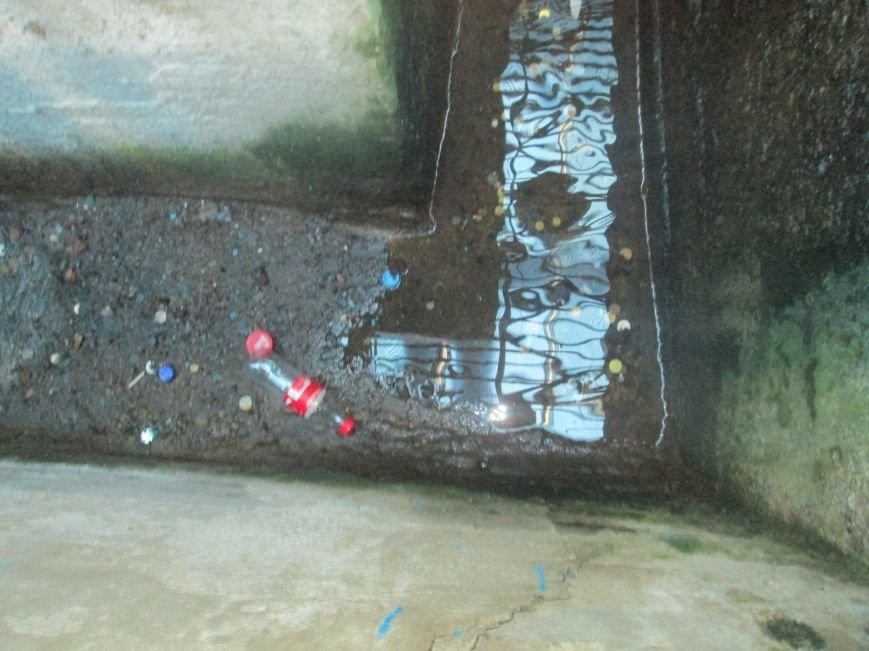 В одесском бювете дворники разводят антисанитарию (ФОТО), фото-2