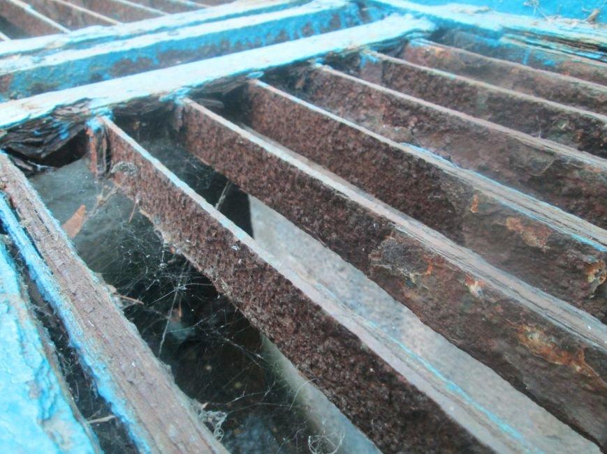 В одесском бювете дворники разводят антисанитарию (ФОТО), фото-1